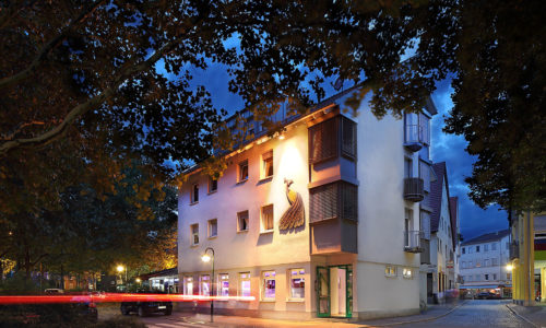 https://ristorante-pfauen.de/wp-content/uploads/2020/04/ristorante-pfauen-reutlingen-außenaufnahme-abend-1280.jpg