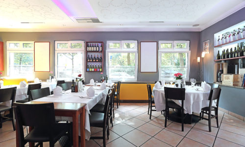 ristorante-pfauen-reutlingen-innen-sicht-nach-außen