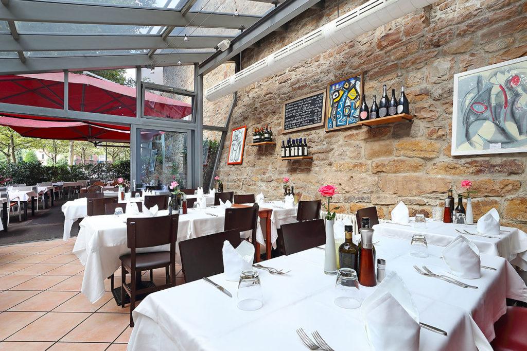ristorante-pfauen-reutlingen-wintergarten-gedeckt